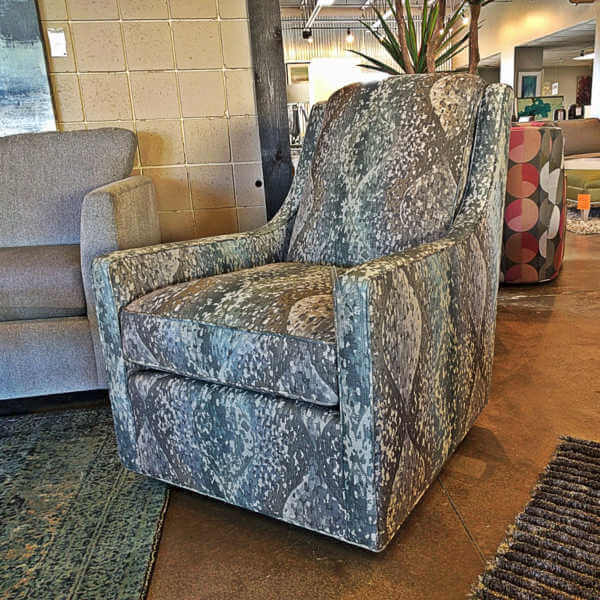 116625-stephanie-chair