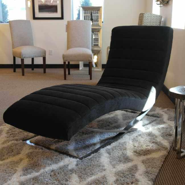 Harlowe-Chaise