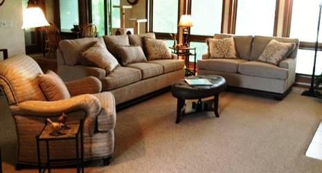 What a warm, inviting room! post image