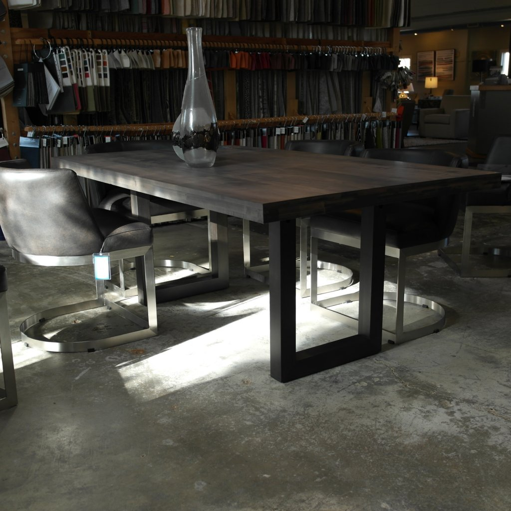 Oracle Emerson 42x72 Table