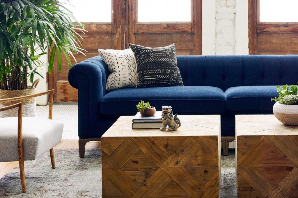 4H_Griffon_sofa