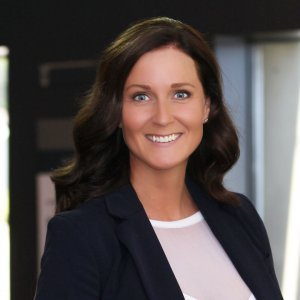 Angela Lahr