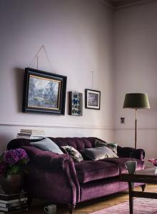 monochromatic rooms